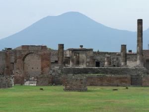 vesuvius-and-pompeii1